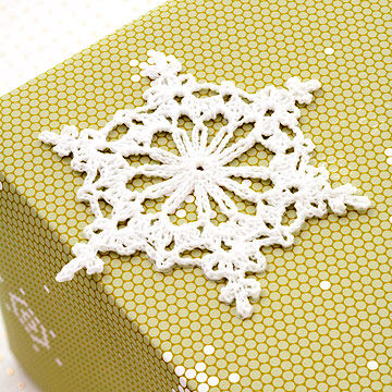 snowflake gift topper
