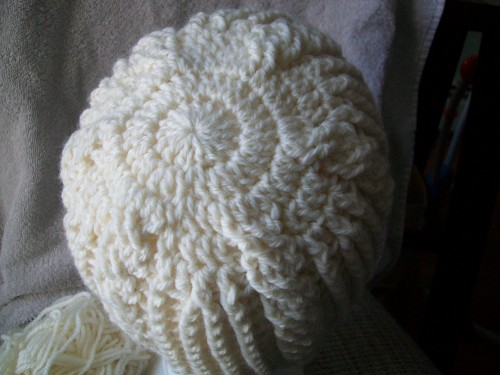 a warm winter crochet hat with ribbing from crochet garden back view