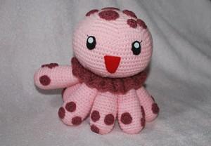 spotted-jellyfish-crochet-amigurumi