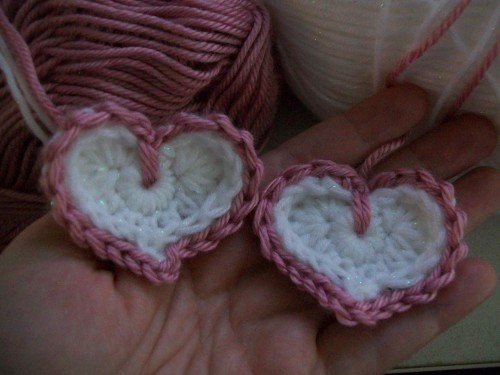 too crochet hearts with edging