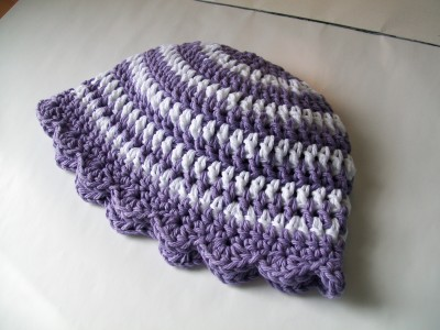 crochet-spring-hat-white-purple-stripes-shelledge.jpg