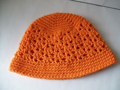 orange-crochet-spring-hat-vsititch-fan.jpg