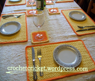 sunrise-crochet-placemat-coaster-set
