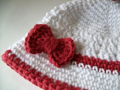 baby-crochet-cloche-hat-and-booty.jpg 028