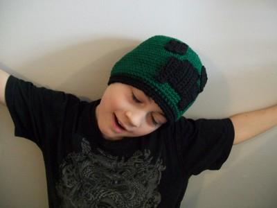 crochet-creeper-beanie.jpg 002