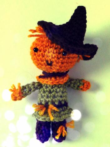 crochet-scarecrow-amigurumi-free-pattern