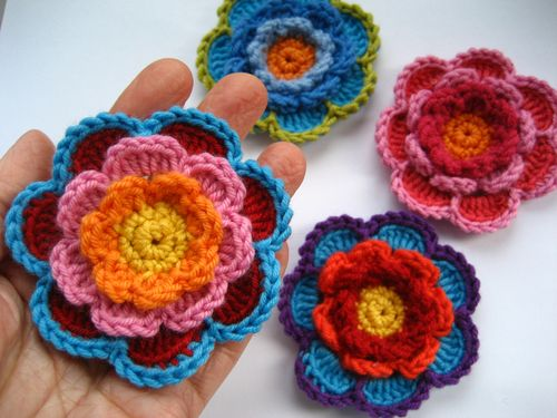 crochet-triple-layer-flower
