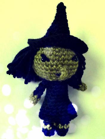 crochet-wicked-witch-of-west-amigurumi-free-pattern