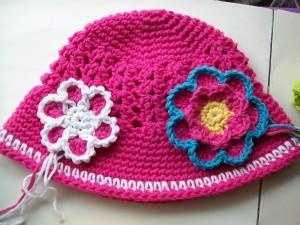 pink cloche hat wip